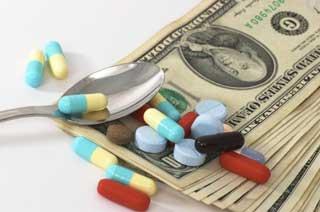 Минздрав планирует на 30-40 % снизить цены на лекарства