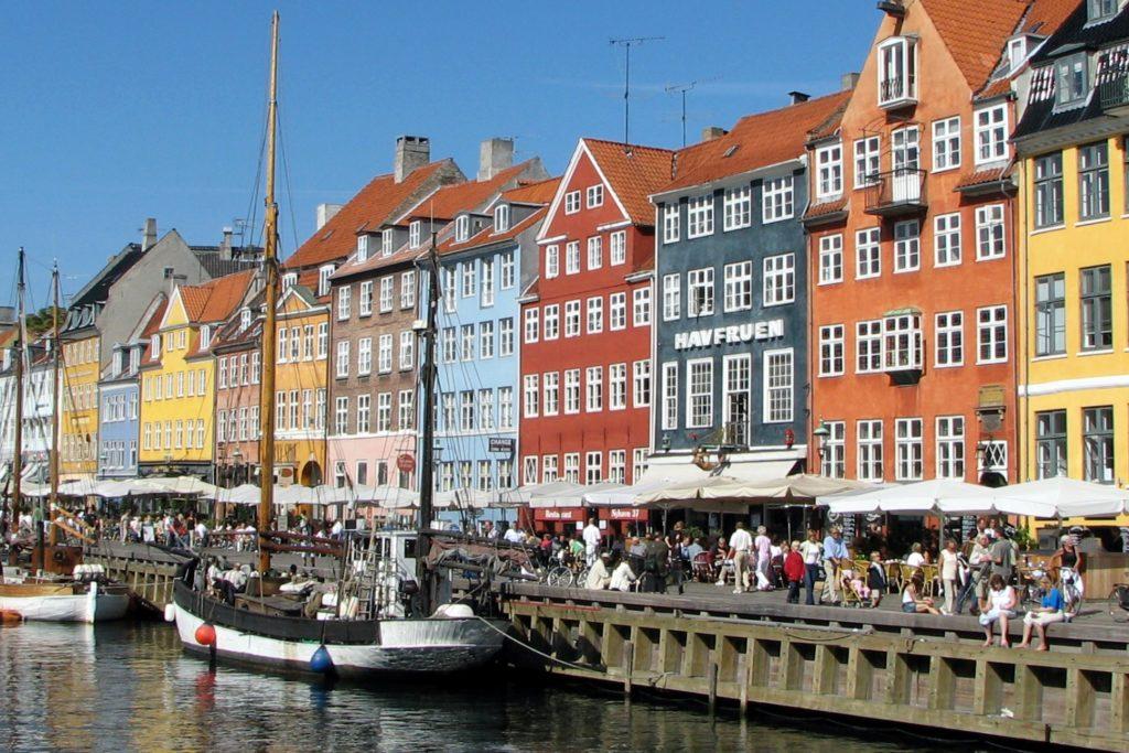 Дания вводит контроль на границе со Швецией? «Ситуация развивается в плохом направлении»